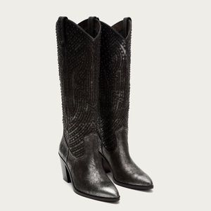 New Frye Faye stud pull on